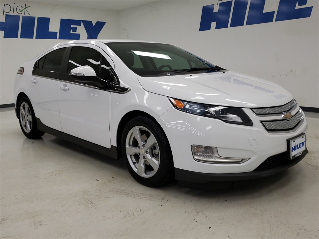 Pre-Owned 2014 Chevrolet Volt Base FWD 4D Hatchback