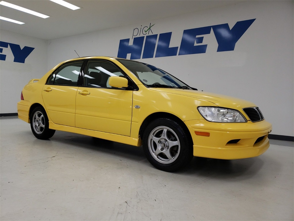 Pre-Owned 2003 Mitsubishi Lancer O-Z Rally